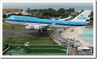 Princess Juliana International Airport9