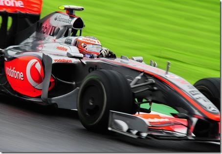 Heikki Kovalainen practices 1
