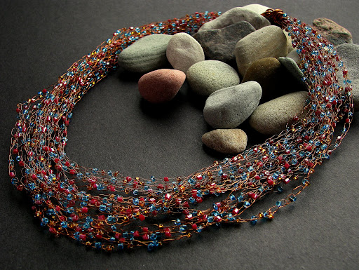 seed beads cooper wire necklace