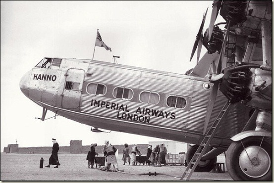 Imperial Airways 'Hanno' Planes carried official Mails , Its refuelling at Shrjah