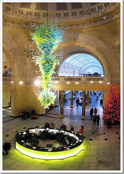 Victoria&Albert Museum chandelier