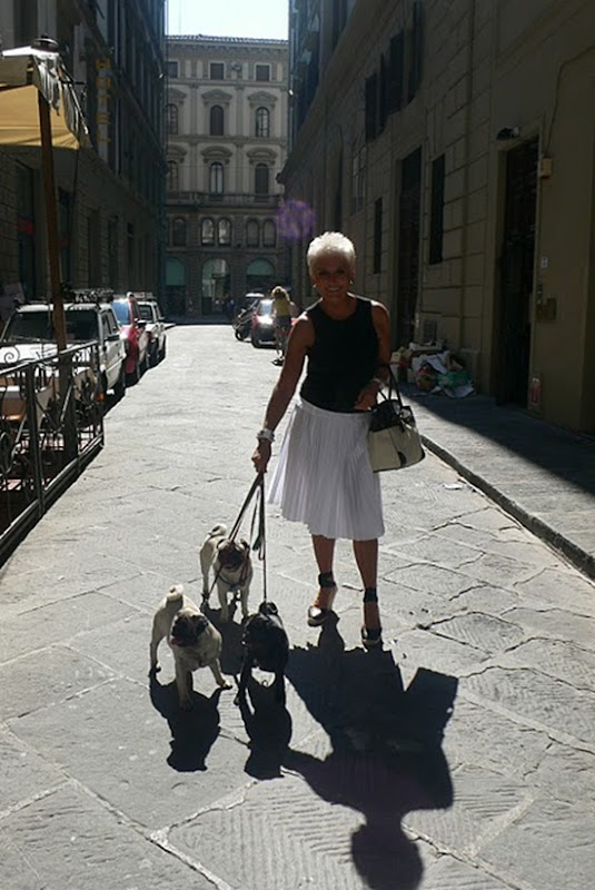 P1040240 with the pugs in Firenze