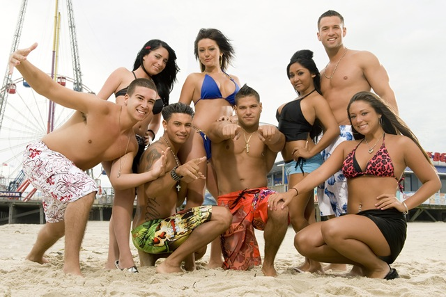 full_cast_beach-credit-scott-griepicture-group