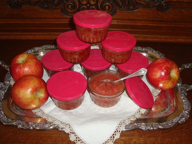 applesauceinvite 004