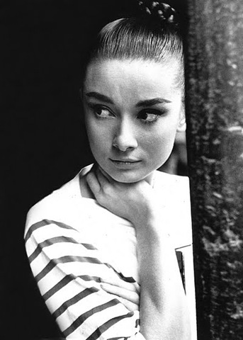 Audrey-Hepburn-Striped-Top1
