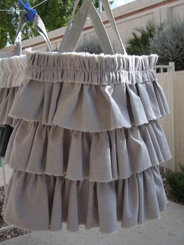petticoat tote 012