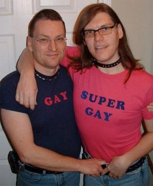 Gay, Super Gay