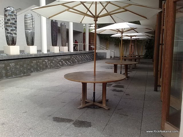 www.RickNakama.com Honolulu Academy of Arts art museum the pavillion cafe