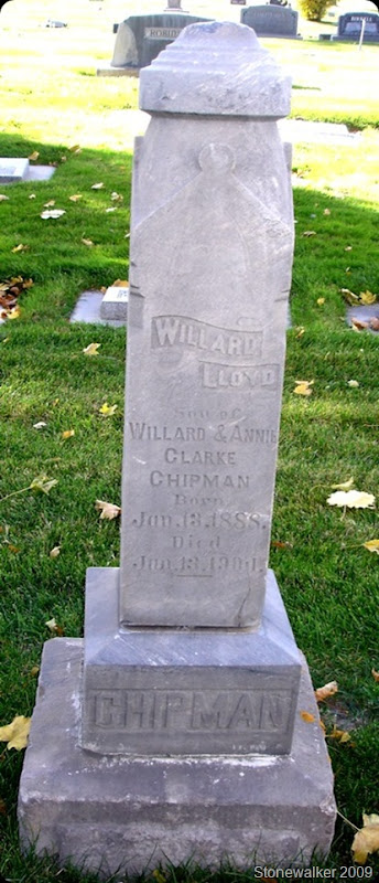 Willard Lloyd Chipman tombstone