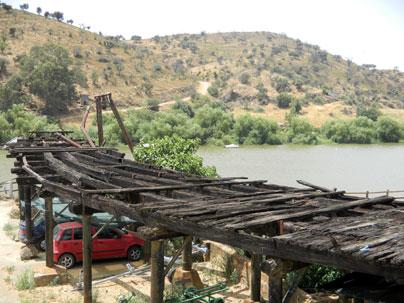 Cargadero fluvial de Pomarao