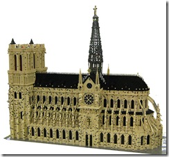 648px-LEGO_Notre_Dame_de_Paris_1