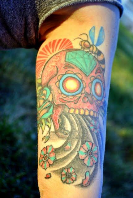 by Hudge at FU Tattoo- Santa Cruz, CA. Left under arm: Right Japanese sugar