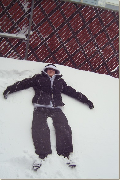 katrina lying in the snow