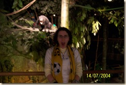 katrina and howler monkey
