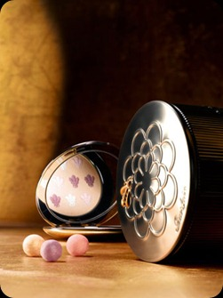 Guerlain-Les-Ors-Makeup-Collection-Holiday-2010-Meteorites-Perles