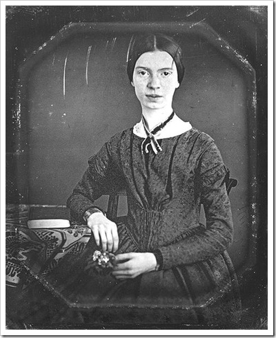 EDaguerreotype of the poet Emily Dickinson, taken circa 1848.