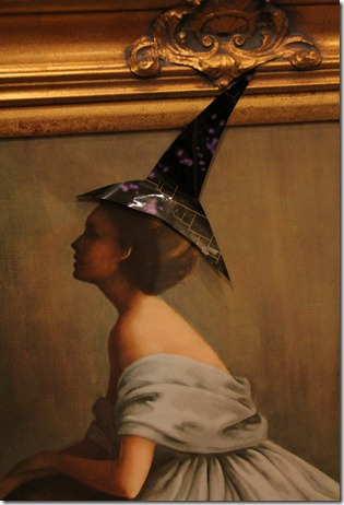 lady with witch hat closeup