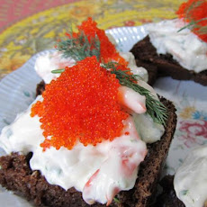 Skagenröra - Swedish Creamy Dill Prawn Toasts With Caviar