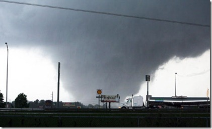 Tuscaloosa-Tornado-007