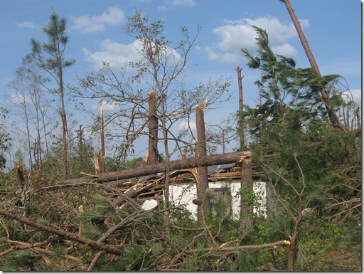 tornado april 2011 044