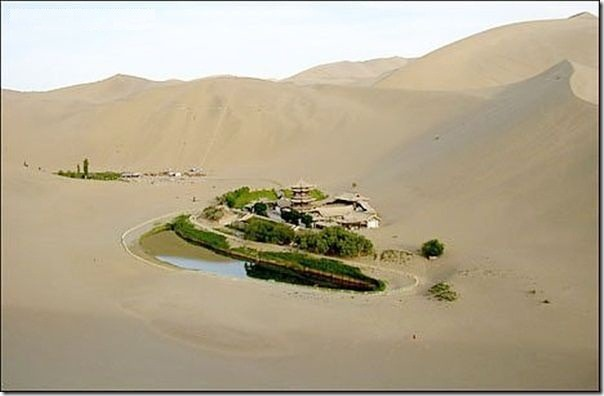 20 most incredible desert oasis14