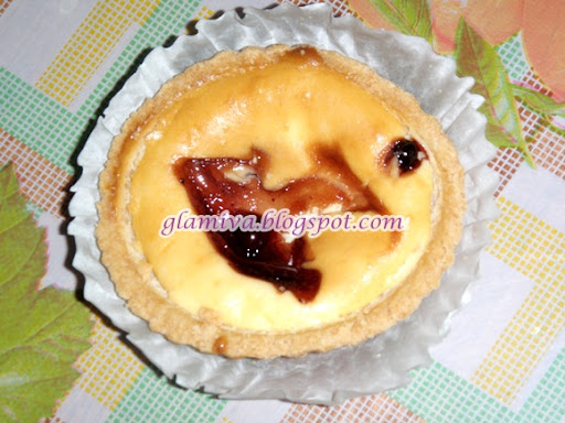 review blueberry cheese tart from mark bakery damai