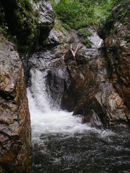 記念別沢三段の滝