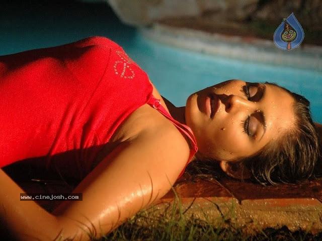 Exposing Photos Of Madhu Shalini