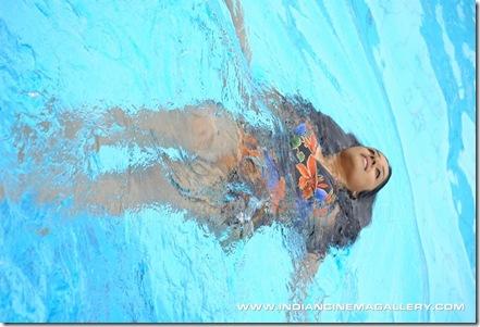 vamala raman swimsuit  02.01.10 (27)
