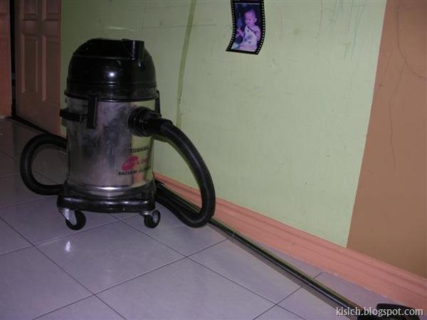 Vacuum cleaner $60
