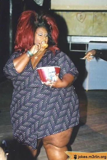 000946-fat-overweight-black-woman-with-huge-red-hair-eating-kfc-chicken11