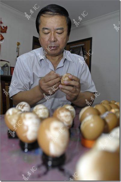 arte con huevos migallinero (8)