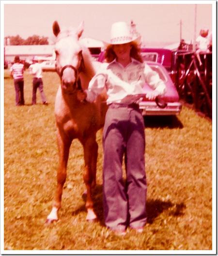 horse laura