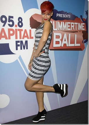 RihannaBackstageatSummertimeBallLondon