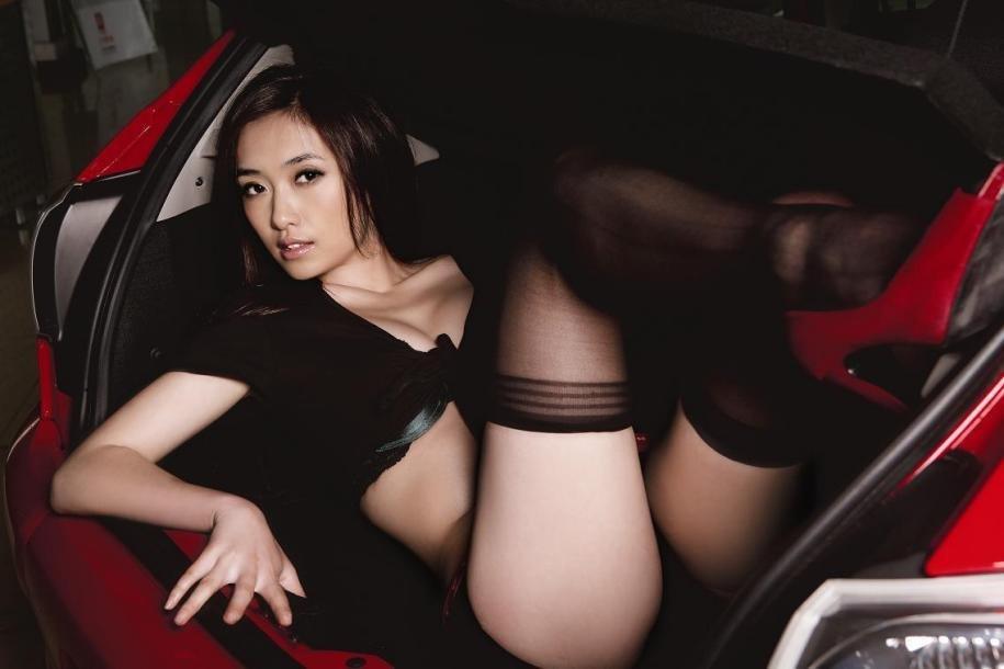 MOKO TOP GIRL asian school girl wallpaper.jpg