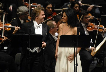 Roberto Alagna and Angela Gheorghiu during the 20 September 2008 concert performance of L'AMICO FRITZ