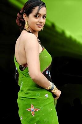 actress bhavana cute photos celebrities around the world