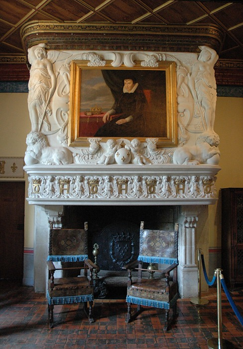 ChenonceauChambredeDianedePoitiersFireplace