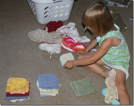 2010-09-09 Kahlen Folding Laundry (2)