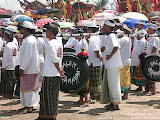 nomad4ever_indonesia_bali_ceremony_CIMG2587.jpg