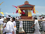nomad4ever_indonesia_bali_ceremony_CIMG2647.jpg