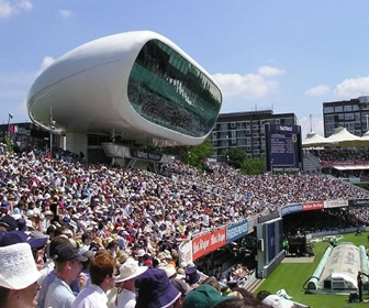 Centro Mediático del Lord's Cricket Ground de Future Systems  Londres