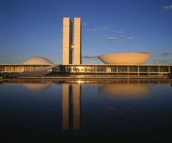 brasilia-congreso-arquitecto-Oscar-Niemeyer