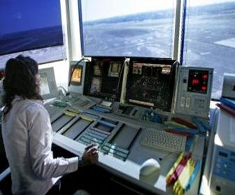 Torre_control_aeropuerto_Madrid-Barajas_