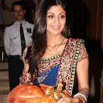 Shilpa Shetty in Saree  Cute Pictures