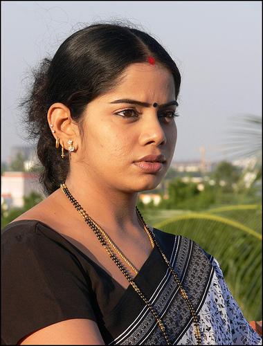 tv deepa venkat in saree hot photoshoot