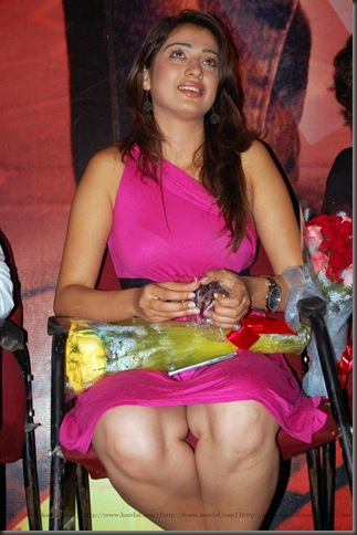 3lakshmi-rai sexy kollywood actress pictures