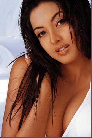1tanushree dutta sexy bollywood actress pictures090310