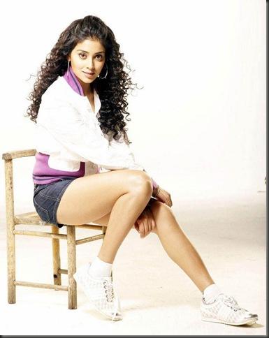 Shriya Chikku bukku Movie stills