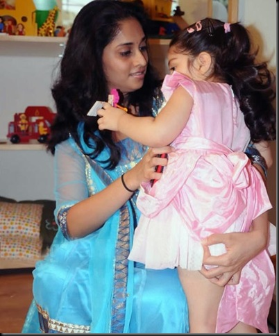 anoushka-ajith-kumar-shalini-latest-photos-04